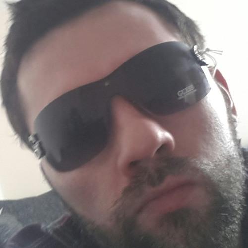 lofty32's avatar