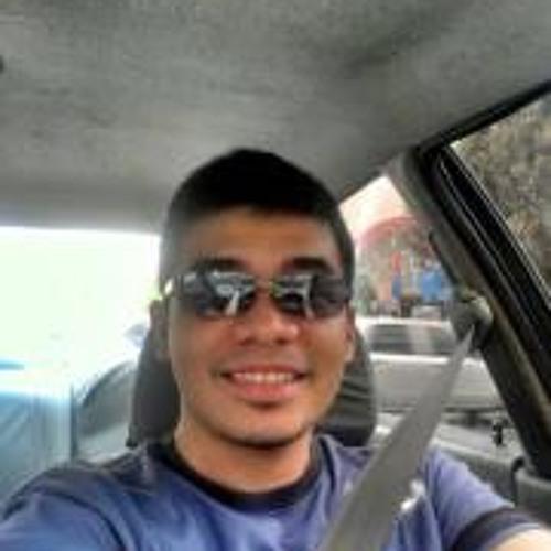 Gino Jurado's avatar