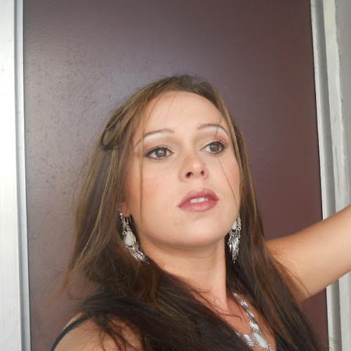 Julianna Sequoyah's avatar