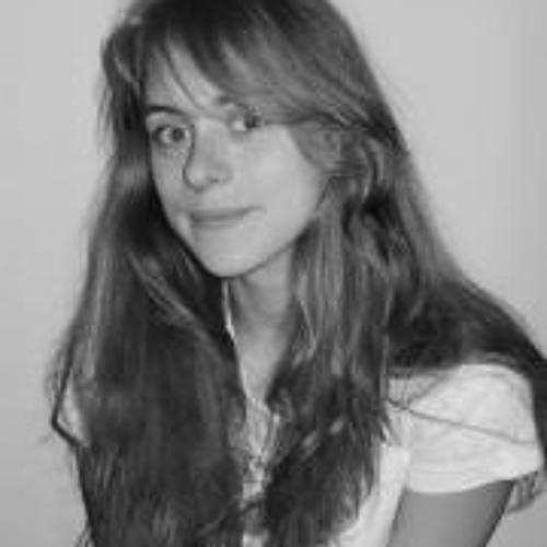 Ann Cade's avatar