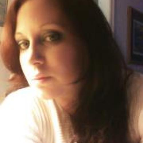 Adriana Morales 17's avatar