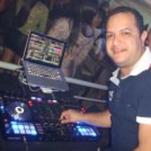 Dj Luciano Francioli's avatar