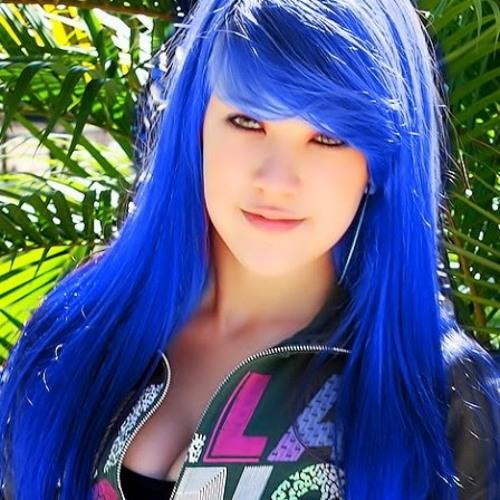 Camille Costa's avatar