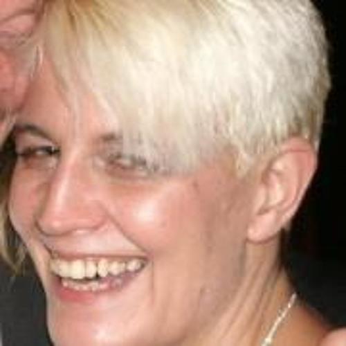 Francine Ball's avatar