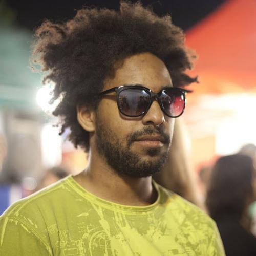 Miles Cave 1's avatar