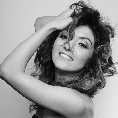 Saina's avatar