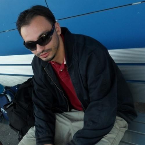 Daniel Micu's avatar