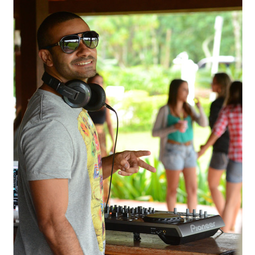 Fabiocharo DJ's avatar