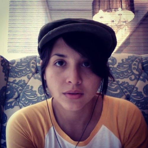 Lynn Cardona's avatar