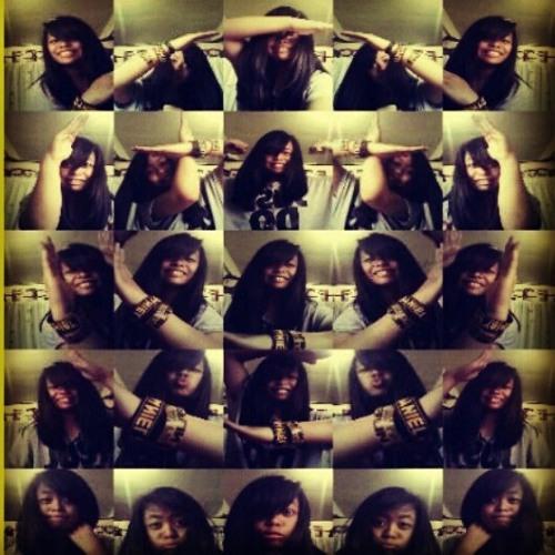 Lyra_CeiraM's avatar