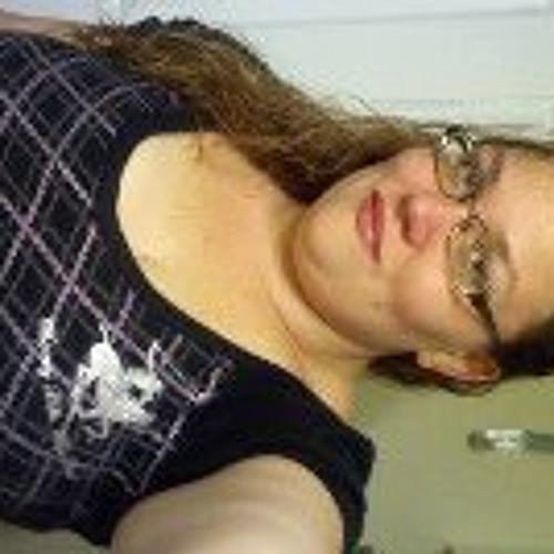 Julie Cable's avatar
