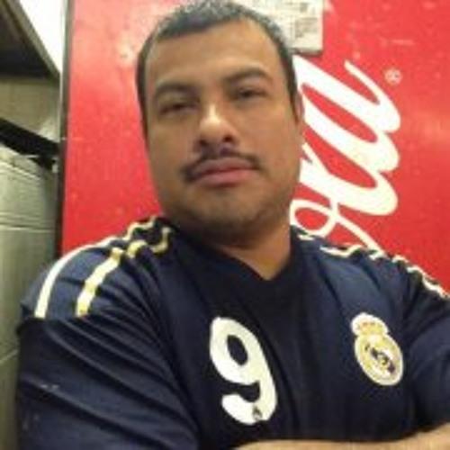 Carlos Ortiz 100's avatar