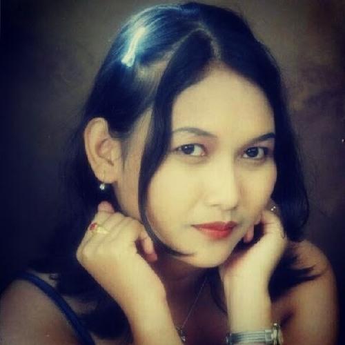 Phita Pratiwi's avatar