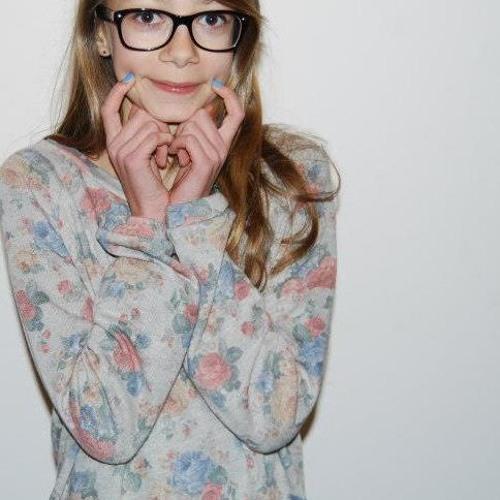 Adele_Chan's avatar