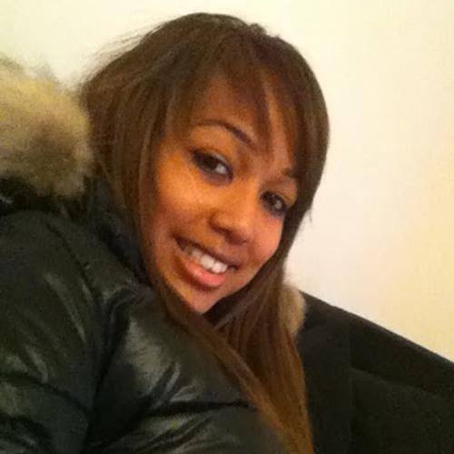 Dina Ranarison's avatar