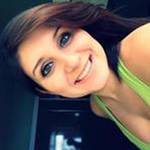 Amanda Coelho Campaneli's avatar