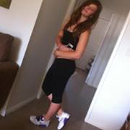 Tiarnaa Brookee's avatar