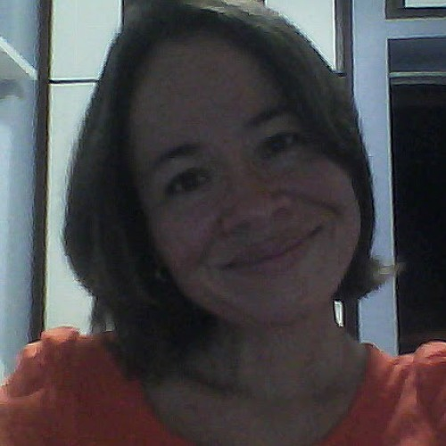 Wivian Araújo's avatar