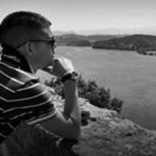 Roberto Carlos Paque Mas's avatar