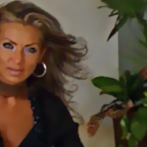 Diana DD 1's avatar