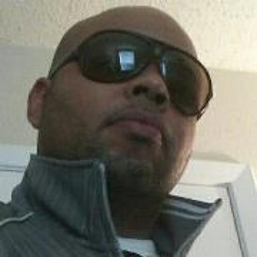 Earl Buckley's avatar