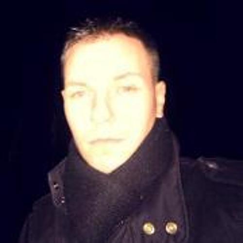 Sharp Levi's avatar