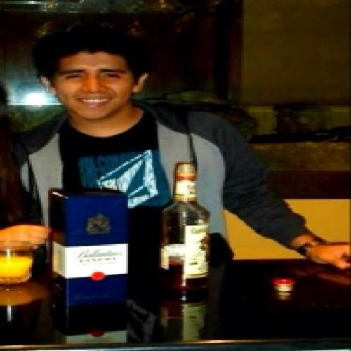 Luis Araujo 16's avatar
