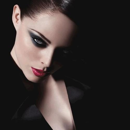 Lora Perfume's avatar