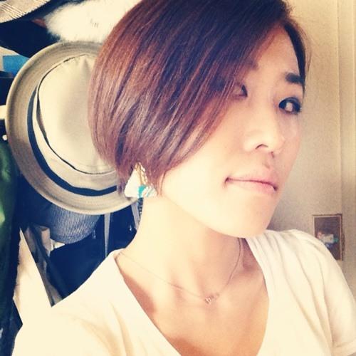 YUUY's avatar