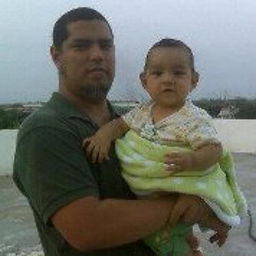 Luis Lugo 11's avatar