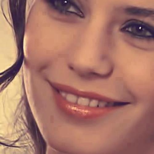 sara hamed's avatar