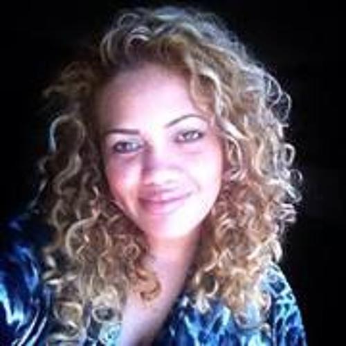Celeste Garay's avatar