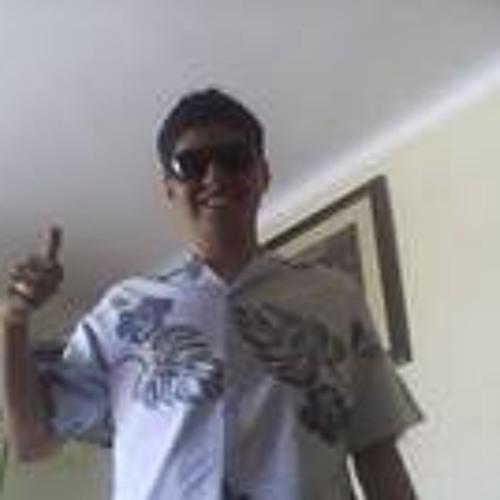 Edgar Manuel Velarde's avatar