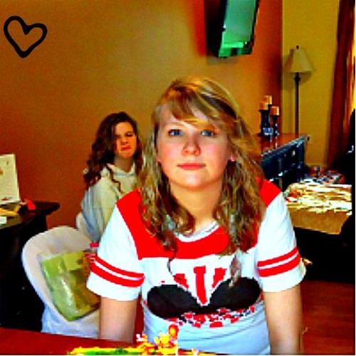 Danica Charnetzky's avatar