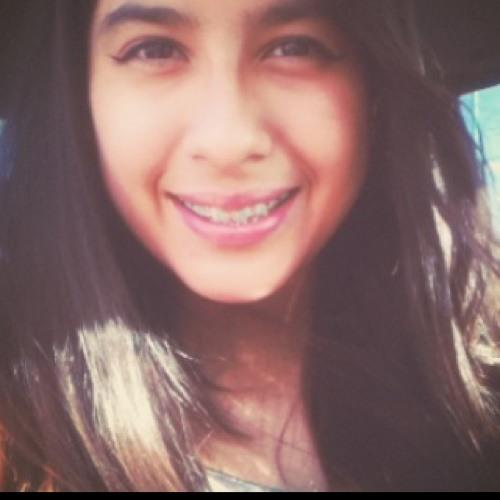 Kythzia Ortega's avatar