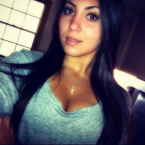 Isabella39082's avatar