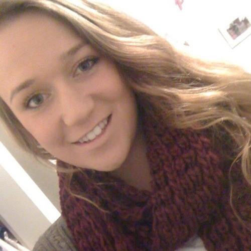 rachael;'s avatar