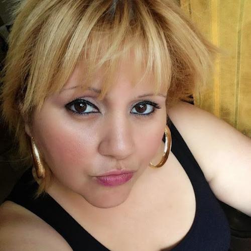 Cristela Cruz's avatar