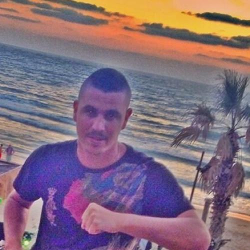 Dar Niv's avatar