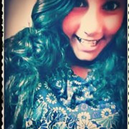 Adrya Groff Monteiro's avatar