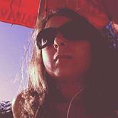 Ana Stern's avatar