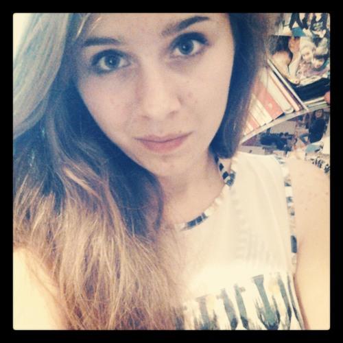 Justine Dwl's avatar