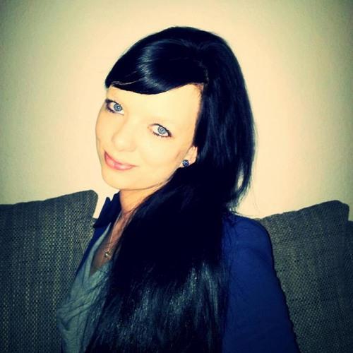 Nadine Ball 1's avatar