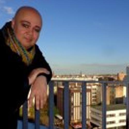 Lázaro Azar's avatar