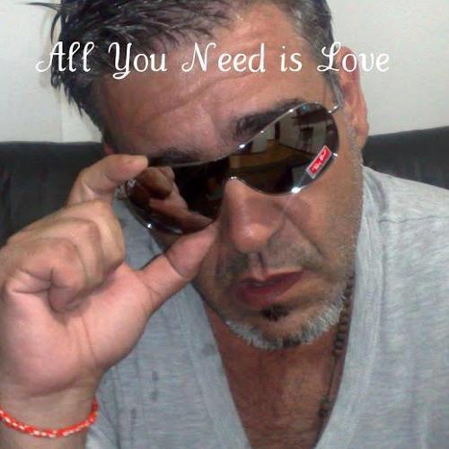 Gustavo Fiorito's avatar