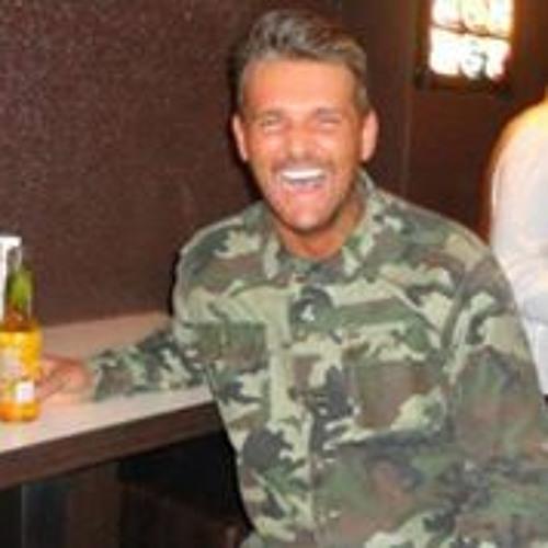 Ian Munro 5's avatar