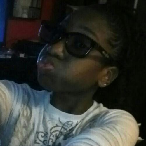 strawberrylls's avatar