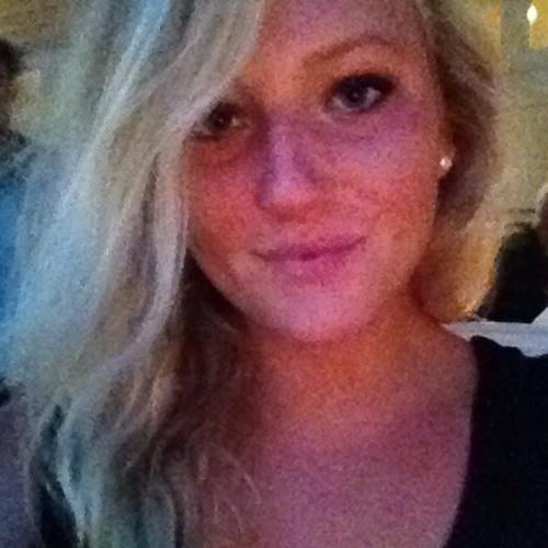 Carolin0202's avatar