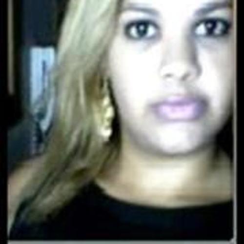 Sarah Freitas 3's avatar