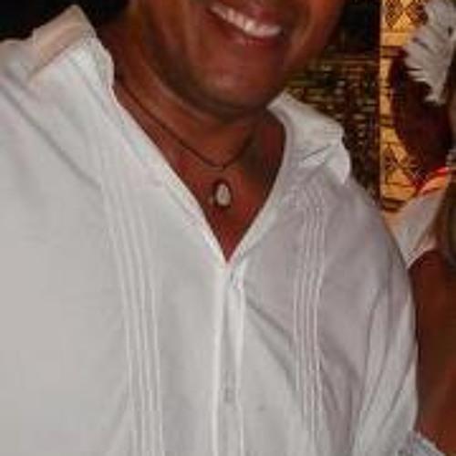 Marcos Sombra Sombra's avatar